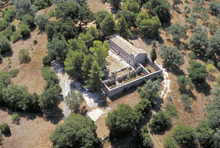 Μοναστήρια στο νησί της Λευκάδας - Φωτογραφία 12