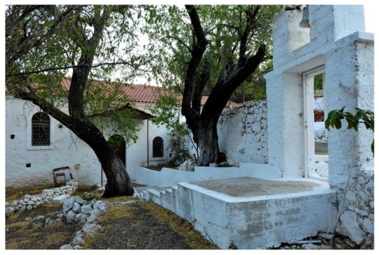 Μοναστήρια στο νησί της Λευκάδας - Φωτογραφία 2