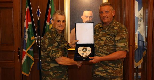 Οι Διοικητές ΑΣΔΥΣ και ΜΕΡΥΠ στην 1η Στρατιά - Φωτογραφία 2