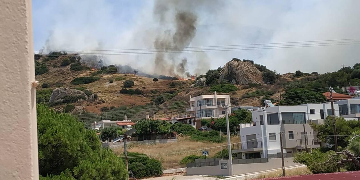 Υπό έλεγχο η φωτιά στο Λαγονήσι - Προσήχθη ένα άτομο - Φωτογραφία 3