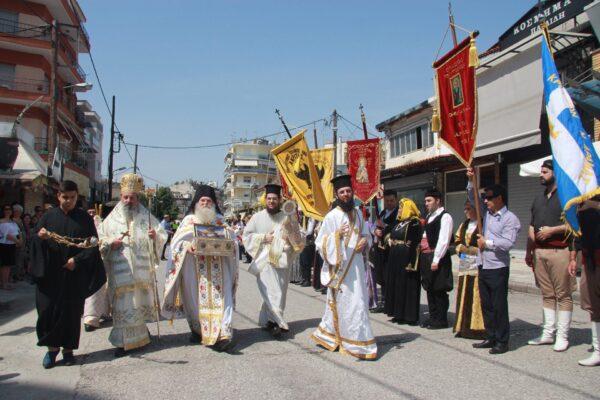 12179 - Ο ευσεβής λαός της Δράμας αποχαιρέτησε την Αγία Ζώνη - Φωτογραφία 21