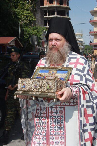 12179 - Ο ευσεβής λαός της Δράμας αποχαιρέτησε την Αγία Ζώνη - Φωτογραφία 25