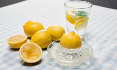 Νερό με λεμόνι: 6 μύθοι που πρέπει να ξεδιαλύνετε άμεσα! - Φωτογραφία 1
