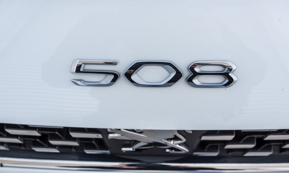 Peugeot 508 2.0 BlueHDI 180 S&S EAT8 - Φωτογραφία 3