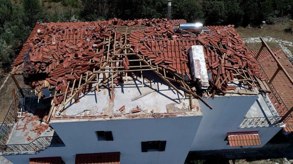 Χαλκιδική: Σοκαρισμένοι οι τουρίστες που έζησαν τη θεομηνία - Φωτογραφία 1