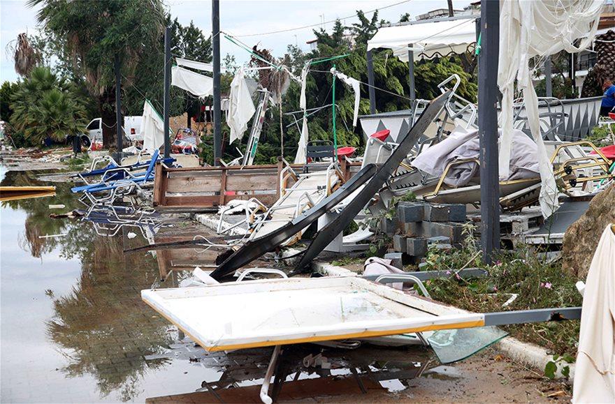 Χαλκιδική: Οι εικόνες - σοκ της καταστροφής - Φωτογραφία 16