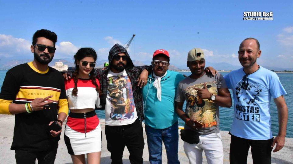 Το Bollywood ήρθε στο Ναύπλιο και έγιναν γυρίσματα βίντεο κλιπ στο λιμάνι - Φωτογραφία 1