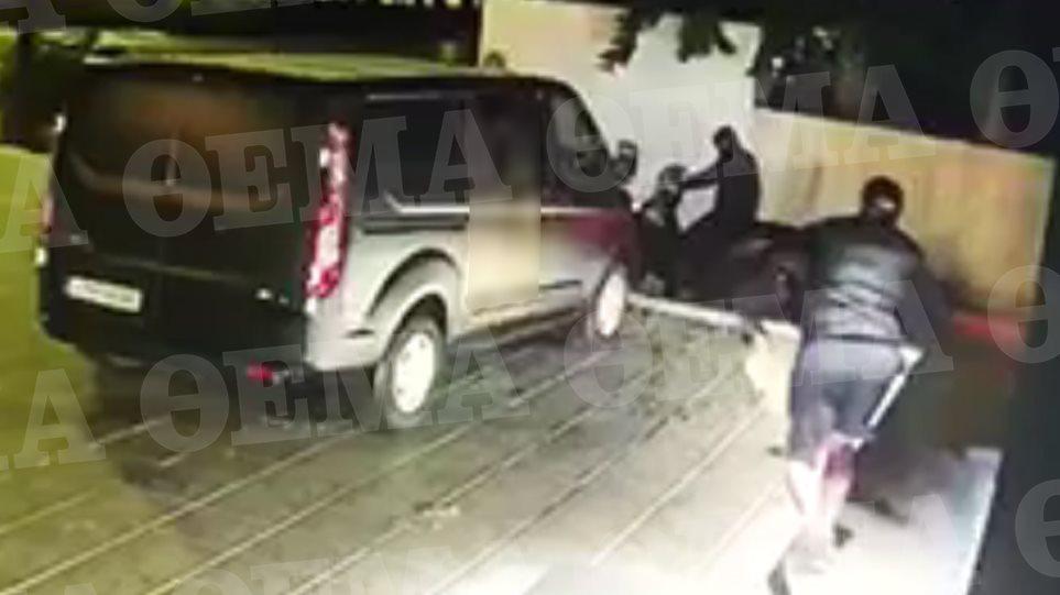 Βίντεο-ντοκουμέντο: Η στιγμή της τρομακτικής έκρηξης σε κάβα στη Βουλιαγμένη - Φωτογραφία 1