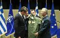 Ο Μητσοτάκης πήρε δώρο στολή πιλότου μαχητικού με το όνομά του – Η πρόσκληση για πτήση στο Καστελόριζο - Φωτογραφία 3