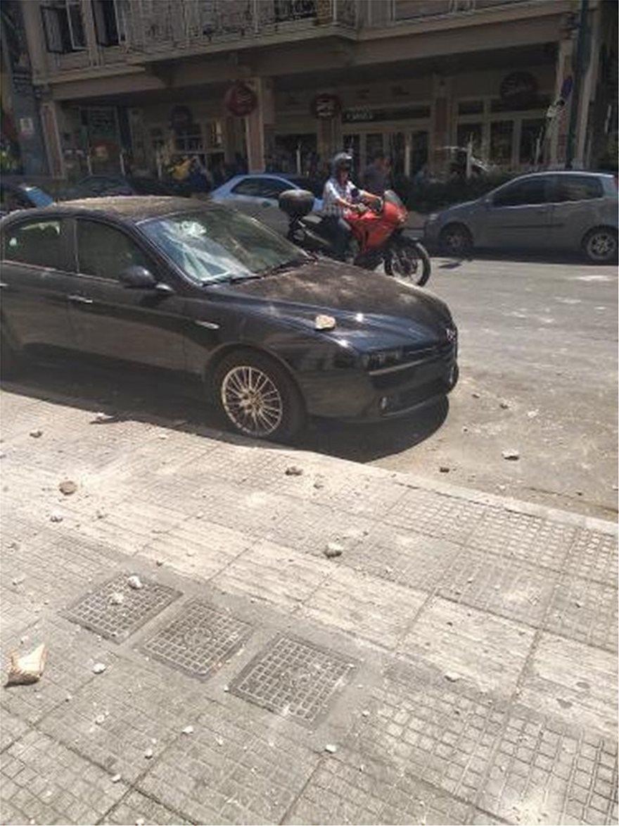 Σεισμός 5,3 στην Αθήνα: Προβλήματα σε επικοινωνίες και ηλεκτροδότηση - Φωτογραφία 4