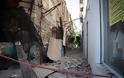 Αθήνα: Άντεξε η πόλη - Χιλιάδες κόσμου ανάστατοι στους δρόμους - Φωτογραφία 15