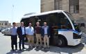 Παραδόθηκαν στο Δήμο Ρόδου 2 Mini-bus αντιρρυπαντικής τεχνολογίας - Φωτογραφία 1