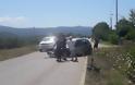 Μετωπική σύγκρουση οχημάτων στην Εθνική Οδό Βόνιτσας - Λευκάδας στο ύψος του ΑΓΙΟΥ ΝΙΚΟΛΑΟΥ -Το ένα κατέληξε σε χωράφι [ΦΩΤΟ] - Φωτογραφία 3