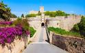 Στη Μεσαιωνική Πόλη της Ρόδου ζωντανεύουν θρύλοι και μύθοι με ιππότες