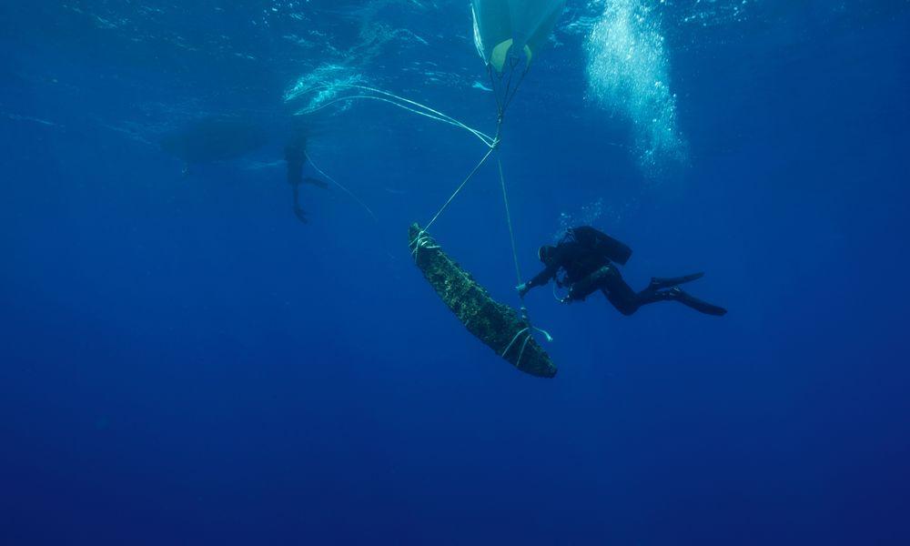 Πέντε αρχαία ναυάγια με σημαντικά ευρήματα εντόπισαν αρχαιολόγοι στη νήσο Λέβιθα (Photos) - Φωτογραφία 1