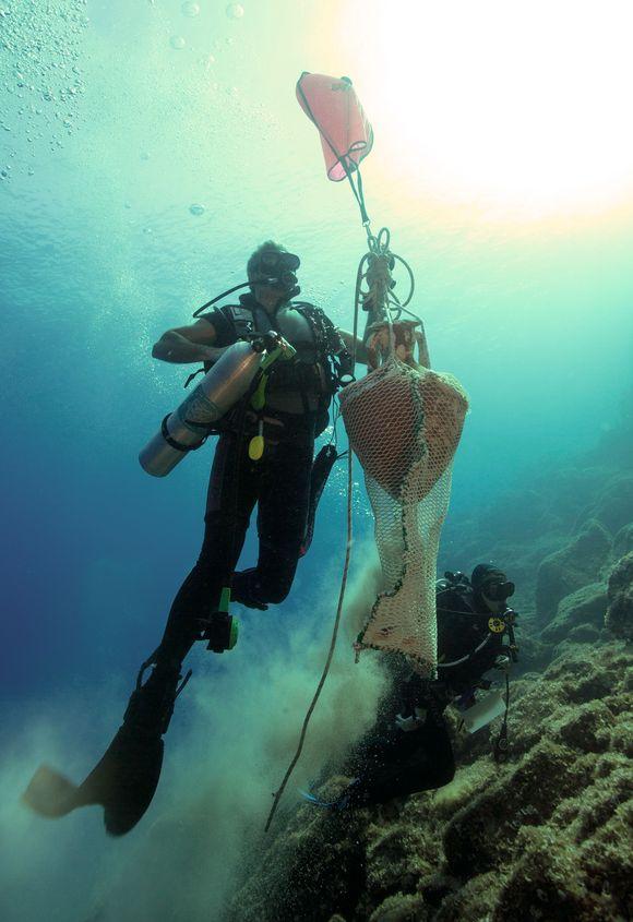 Πέντε αρχαία ναυάγια με σημαντικά ευρήματα εντόπισαν αρχαιολόγοι στη νήσο Λέβιθα (Photos) - Φωτογραφία 3