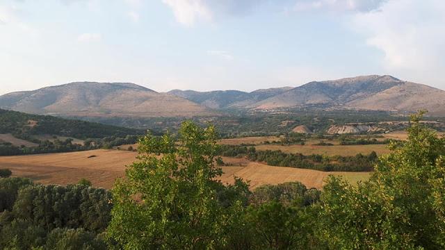 Γιώργος Κασαπίδης: Εκπλήξεις στην βόλτα με τον  Ομάρ... (εικόνες) - Φωτογραφία 2