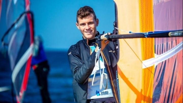 Αργυρό μετάλλιο ο 16χρονος Γιάννης Καρβουνιάρης στο Παγκόσμιο RSX U17 - Φωτογραφία 1