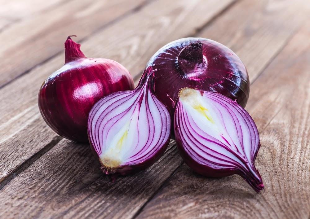 Τι πρέπει να ξέρετε όταν βάζετε κρεμμύδι στο φαγητό - Φωτογραφία 1