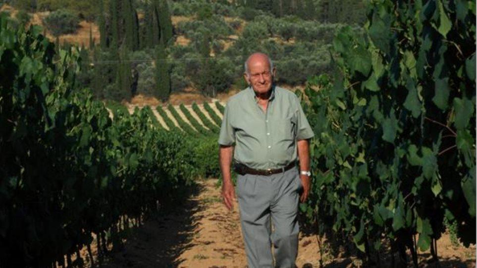 Έφυγε από τη ζωή ο «πατριάρχης» του κρασιού της Νεμέας, Θανάσης Παπαϊωάννου - Φωτογραφία 1