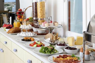 Τι επιλέγουμε για πρωινό από τον μπουφέ του ξενοδοχείου; - Φωτογραφία 1
