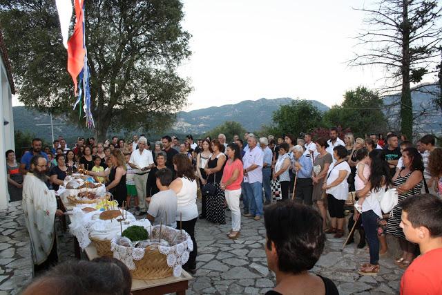 Δείτε φωτογραφίες του Πάνου Τσούτσουρα από τον Εσπερινό στην Παναγία Αχυριάτισσα στα Παλιά Αχυρά - Φωτογραφία 10