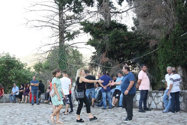 Δείτε φωτογραφίες του Πάνου Τσούτσουρα από τον Εσπερινό στην Παναγία Αχυριάτισσα στα Παλιά Αχυρά - Φωτογραφία 27