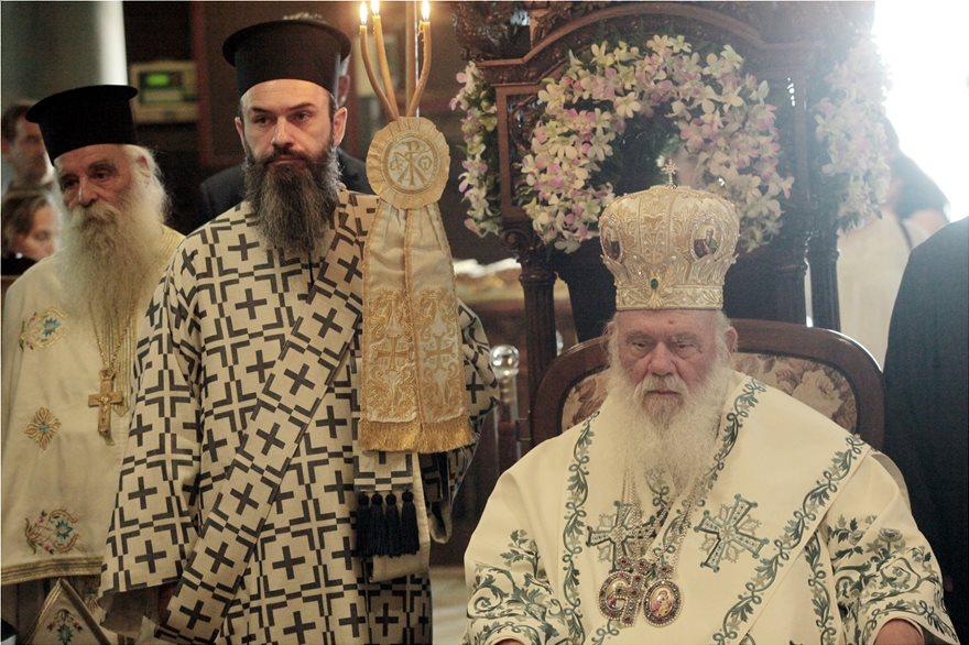Αρχιεπίσκοπος Ιερώνυμος από την Ύδρα: «Αυτός ο τόπος πήγε μπροστά όταν ήταν ενωμένος και αγαπημένος» - Φωτογραφία 2