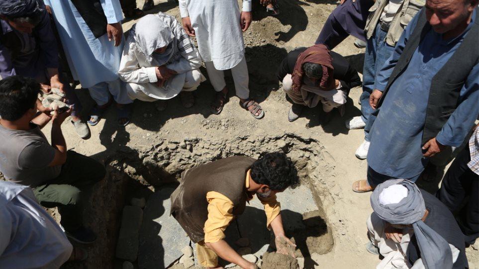 Αφγανιστάν: Το Ισλαμικό Κράτος πίσω από την επίθεση με 63 νεκρούς σε γάμο στην Καμπούλ - Φωτογραφία 1