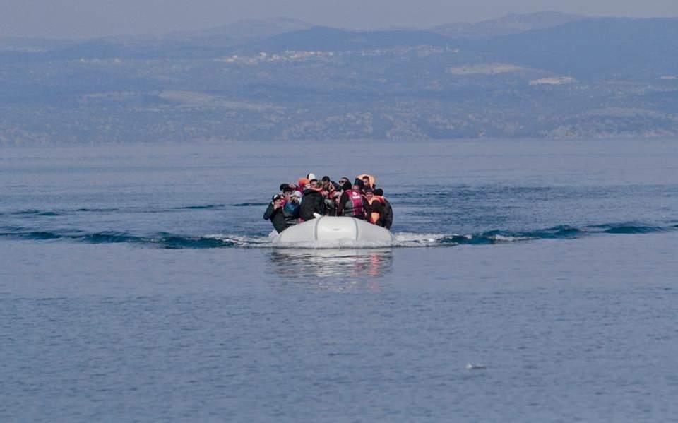 Πάνω από 300 μετανάστες που προσπαθούσαν να φτάσουν στη Λέσβο συνέλαβαν οι τουρκικές αρχές - Φωτογραφία 1