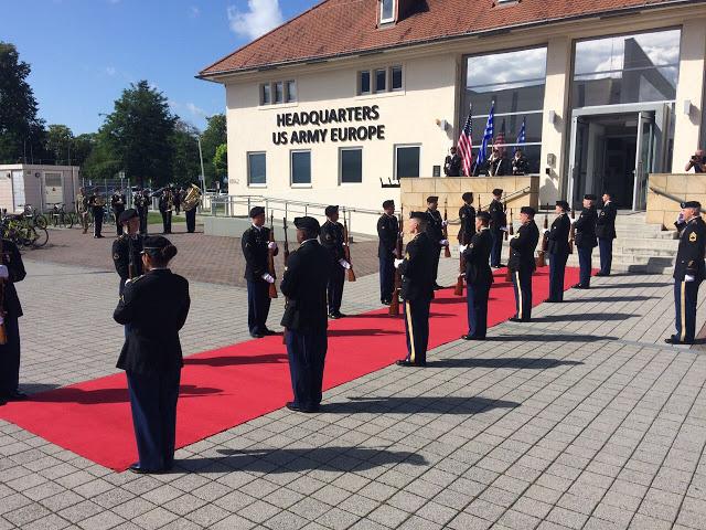 Επίσημη Επίσκεψη Αρχηγού ΓΕΣ στην Έδρα των Στρατιωτικών Δυνάμεων των ΗΠΑ στην Ευρώπη - Φωτογραφία 4