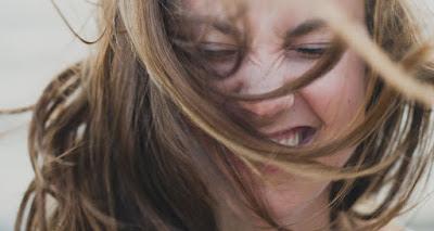 5 πράγματα που θα καταλάβει ο οδοντίατρός σου για σένα - Με το που ανοίξεις το στόμα σου - Φωτογραφία 1