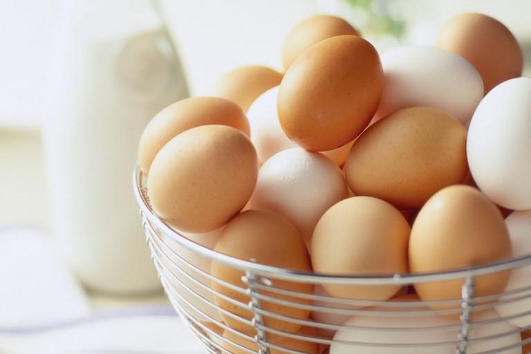 Τι δείχνει το χρώμα και το μέγεθος ενός αυγού - Φωτογραφία 1