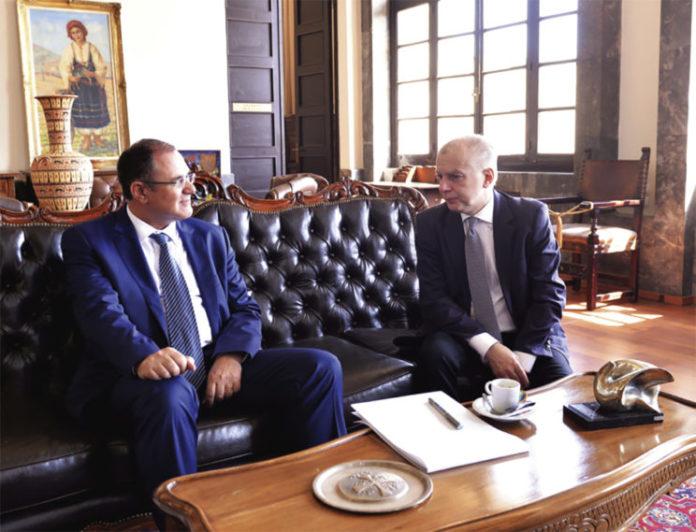 Ρόδος: Επισφραγίστηκε η συνεργασία Αντώνη Καμπουράκη-Στράτου Καρίκη - Φωτογραφία 1