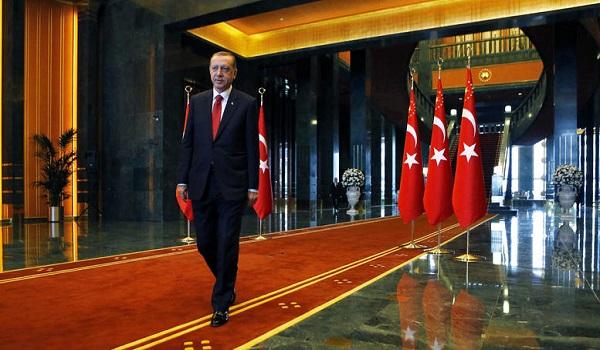 Ο Ερντογάν απειλεί την Ευρώπη: Θα ανοίξουμε τις πύλες στους πρόσφυγες.. - Φωτογραφία 1