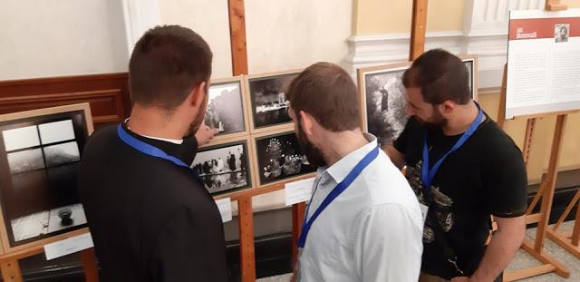 12478 - Φωτογραφίες από τα εγκαίνια της έκθεσης της Αγιορειτικής Εστίας στη Ρουμανία - Φωτογραφία 6
