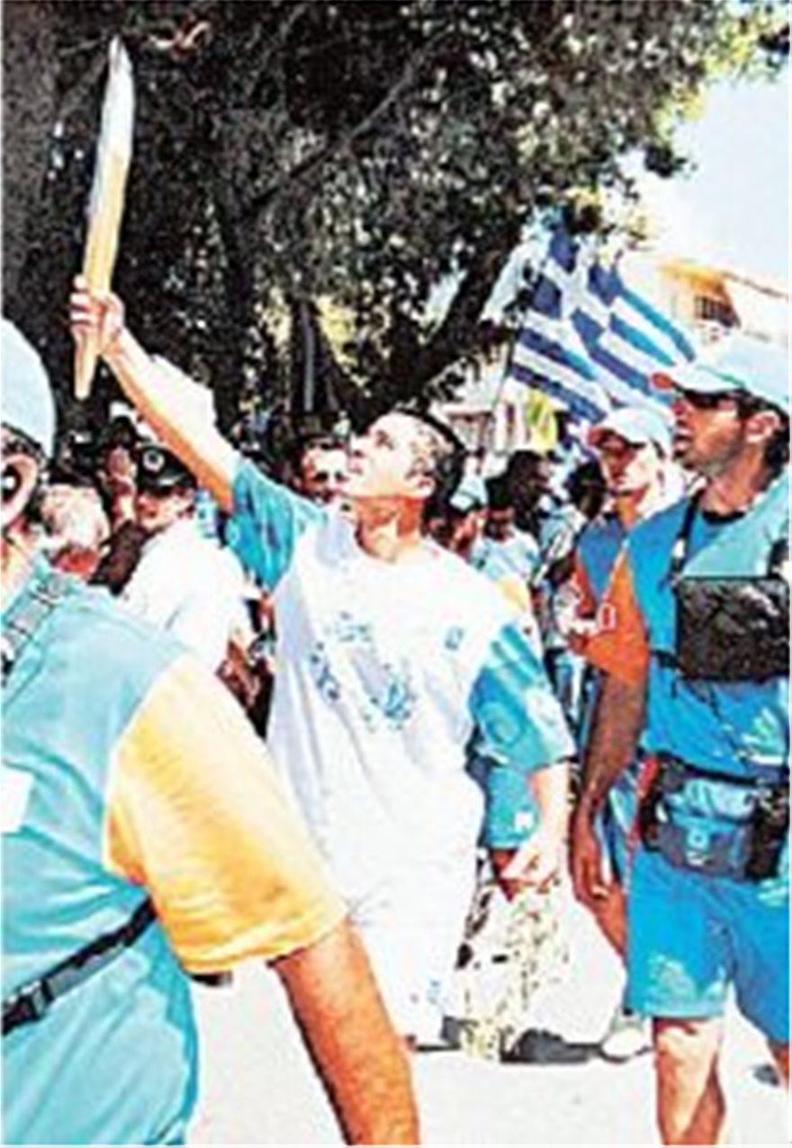 Σεισμός Πάρνηθας 1999: Ο πυγμάχος Παναγιώτης Πολυκανδριώτης που θυσιάστηκε για τα παιδιά του - Φωτογραφία 2