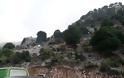 Κοσμοσυρροή στον εσπερινό στην Ιερά Μονή Ρόμβου (Παναγία Ρουμπιάτισσα) - [ΦΩΤΟ: Στέλλα Λιάπη] - Φωτογραφία 67