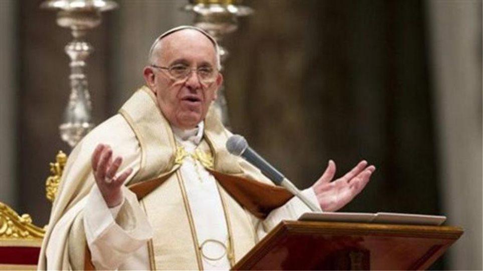 Ο Πάπας καλεί τη Βρετανία να επιστρέψει στον Μαυρίκιο τα νησιά Τσάγκος - Φωτογραφία 1