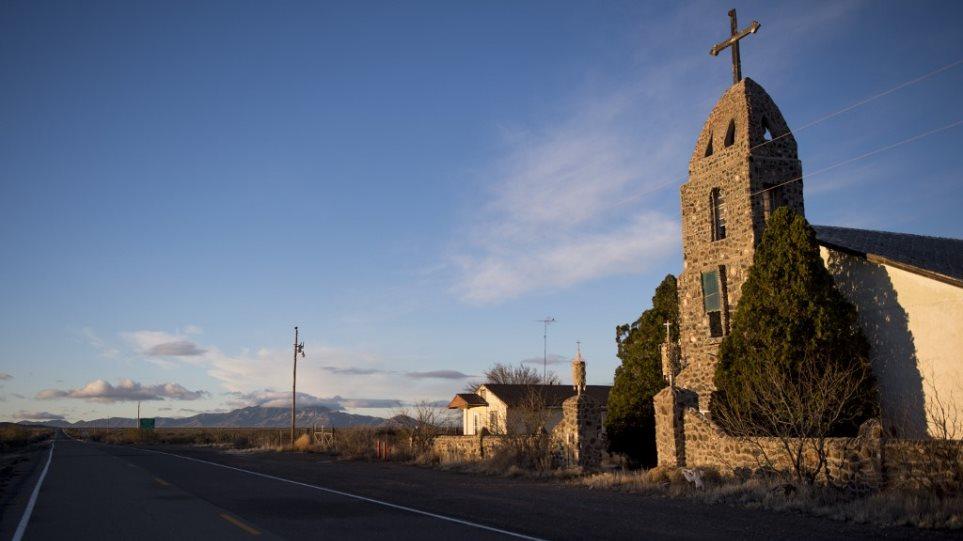 Άγρια εκμετάλλευση αστέγων από πάστορες στο Σαν Ντιέγκο των ΗΠΑ - Φωτογραφία 1