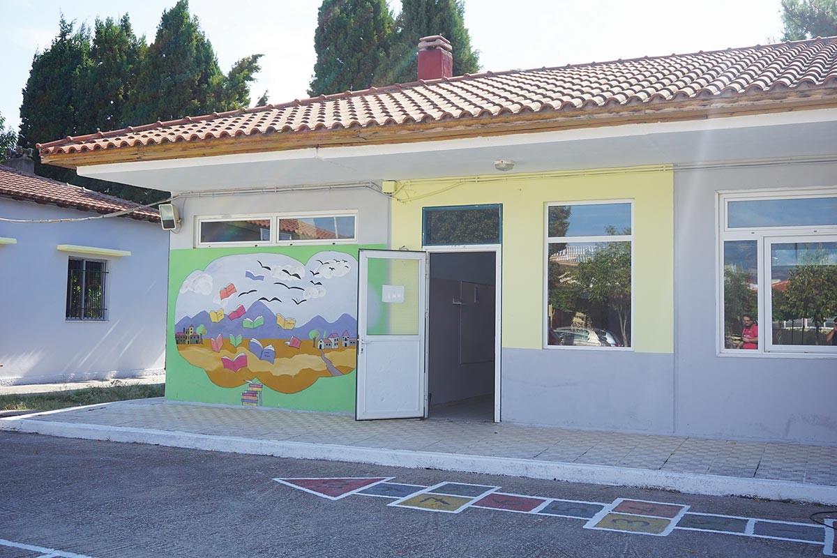 Ο στρατός ανακαίνισε το μειονοτικό σχολείο Ηφαίστου - Φωτογραφία 5