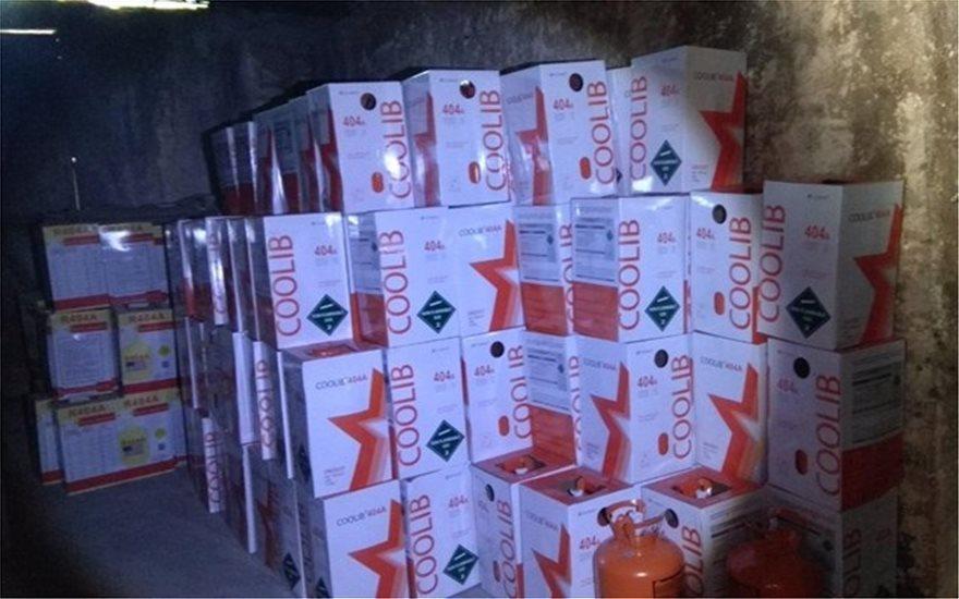 Το ΣΔΟΕ εντόπισε 23 τόνους απαγορευμένου φρέον στο Αιγάλεω! - Φωτογραφία 3
