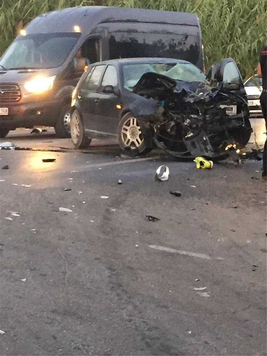 Νέο θανατηφόρο τροχαίο - Νεκρός ο οδηγός μηχανής - Φωτογραφία 2