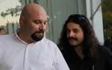Φυλάκιση 4 μηνών σε Παναγιώταρο και Μπαρμπαρούση για τους πυροβολισμούς στην κηδεία του Ντερτιλή