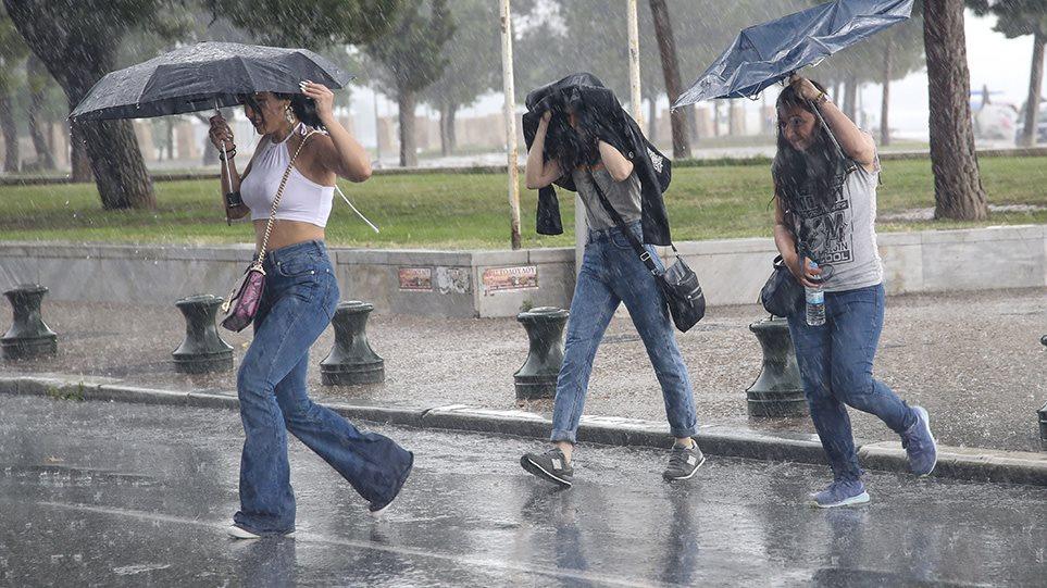 Καιρός - Έκτακτο δελτίο ΕΜΥ: Ισχυρές καταιγίδες και χαλάζι - Φωτογραφία 1
