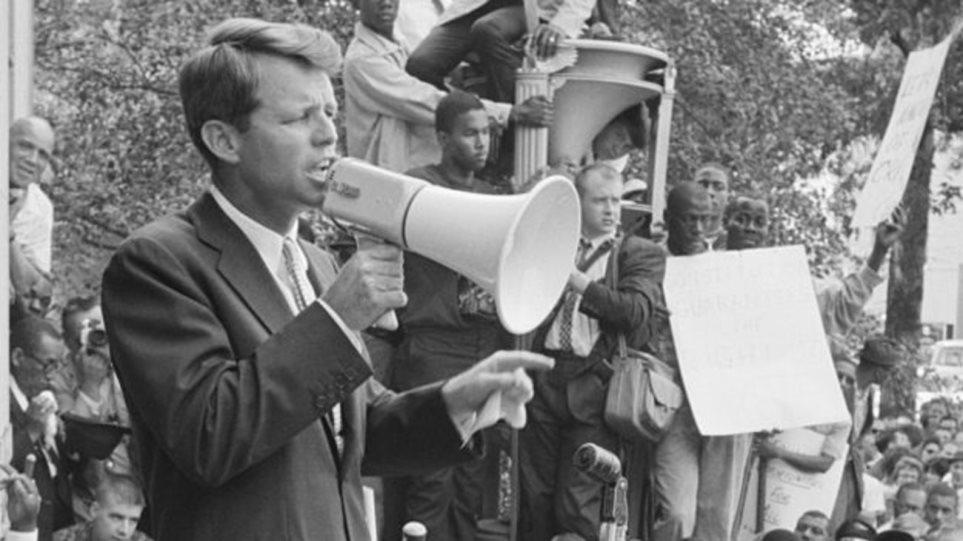 Ποιος σκότωσε τον Ρόμπερτ Κένεντι: Ο γιος του αποκαλύπτει τον «πραγματικό δολοφόνο» μισό αιώνα μετά! - Φωτογραφία 1