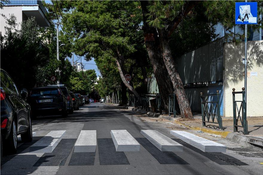Τρισδιάστατες διάβασεις πεζών στην Αθήνα - Φωτογραφία 3