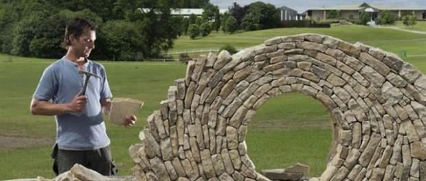 ΚΑΤΑΣΚΕΥΕΣ - Δημιουργούν φανταστικά έργα με απλές πέτρες ! - Φωτογραφία 1