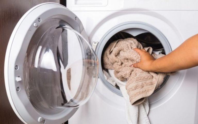 Δείτε το επικίνδυνο για την υγεία σας λάθος που κάνετε με το πλυντήριο ρούχων - Φωτογραφία 1