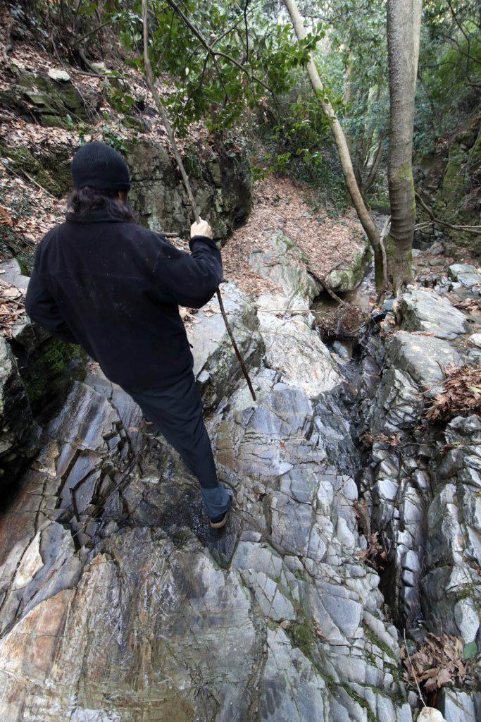 12579 - Αγιορείτικες φυσικές ομορφιές. Φωτογραφικό ταξίδι σε καταρράκτη κοντά στο Βατοπαίδι - Φωτογραφία 2